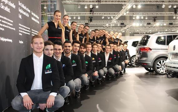 Alle Mitarbeiter bei der Vienna Autoshow für Audi