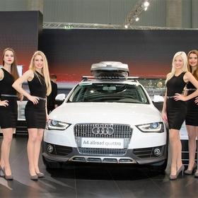 Mitarbeiterinnen für Vienna Autoshow