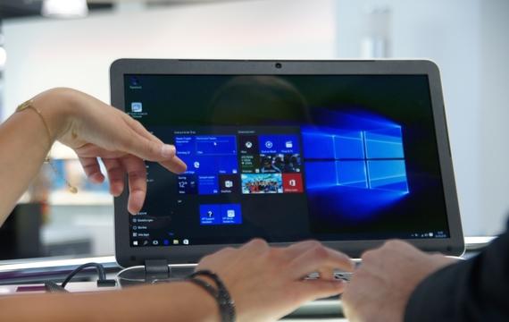 Großaufnahme eines Endgeräts mit Microsoft Windows
